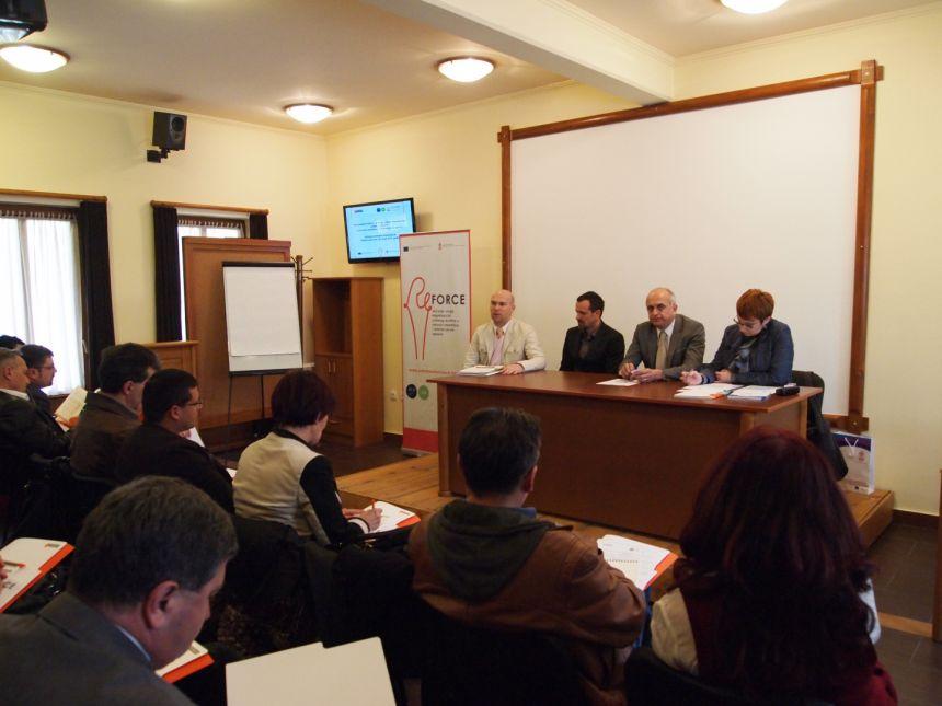 Potrebna je veća saradnja javnog, privatnog i civilnog sektora