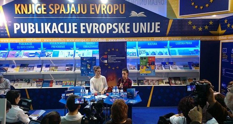 """Na Sajmu knjiga predstavljena unapređena mobilna aplikacija """"Evropa za poneti"""""""