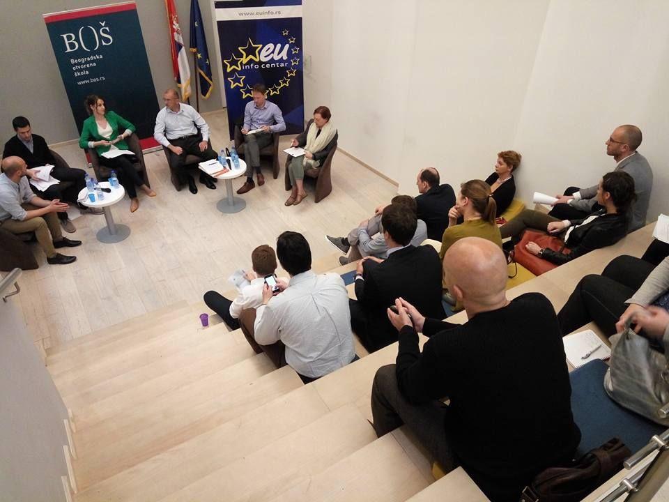 """Održan diskusioni forum """"Otvaranje novih poglavlja u procesu pregovora o pristupanju Srbije EU – korak napred i pogled unazad"""""""