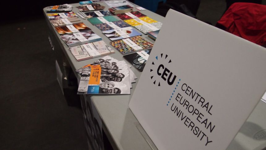 BOS presented Central European University at the fair American College Day