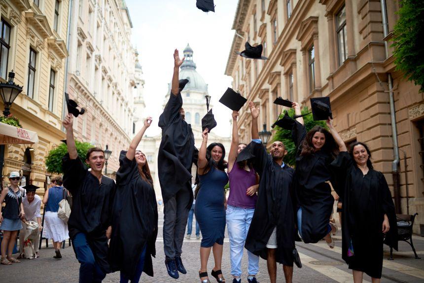 Otvoren poziv za MA i PhD programe na Centralno-evropskom univerzitetu za 2017/2018. godinu